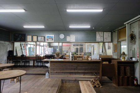 「日本一のモグラ駅」上越線土合駅を活用した 無人駅グランピング施設「DOAI VILLAGE」いよいよ本格稼働 駅舎内喫茶「mogura」先行OPEN!